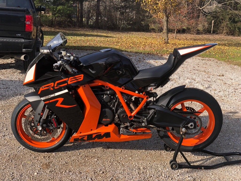 hight resolution of for a too brief period of time ktm offered a raucous 1195cc 75 degree v twin encased in a stout trellis frame and enveloped in bodywork that could only be