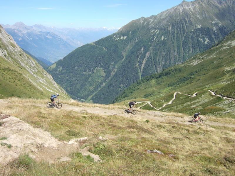 Singletracks.com - A Honeymoon in the Alps