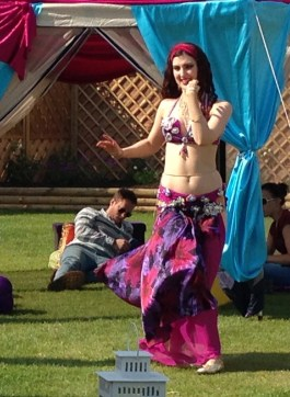 Rasha bellydanceing at a garden party near Birmingham