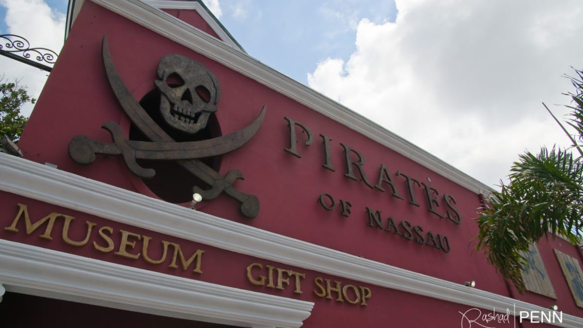 What to do in Nassau- Pirates of Nassau
