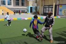أنشطة رياضية بين الآباء والأبناء بفرع معين إنجليزي (5)