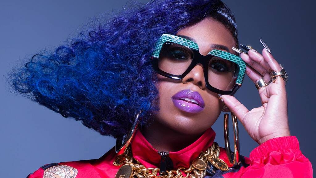 Missy Elliot to become first female rapper to receive a Michael Jackson MTV's Video Vanguard Award