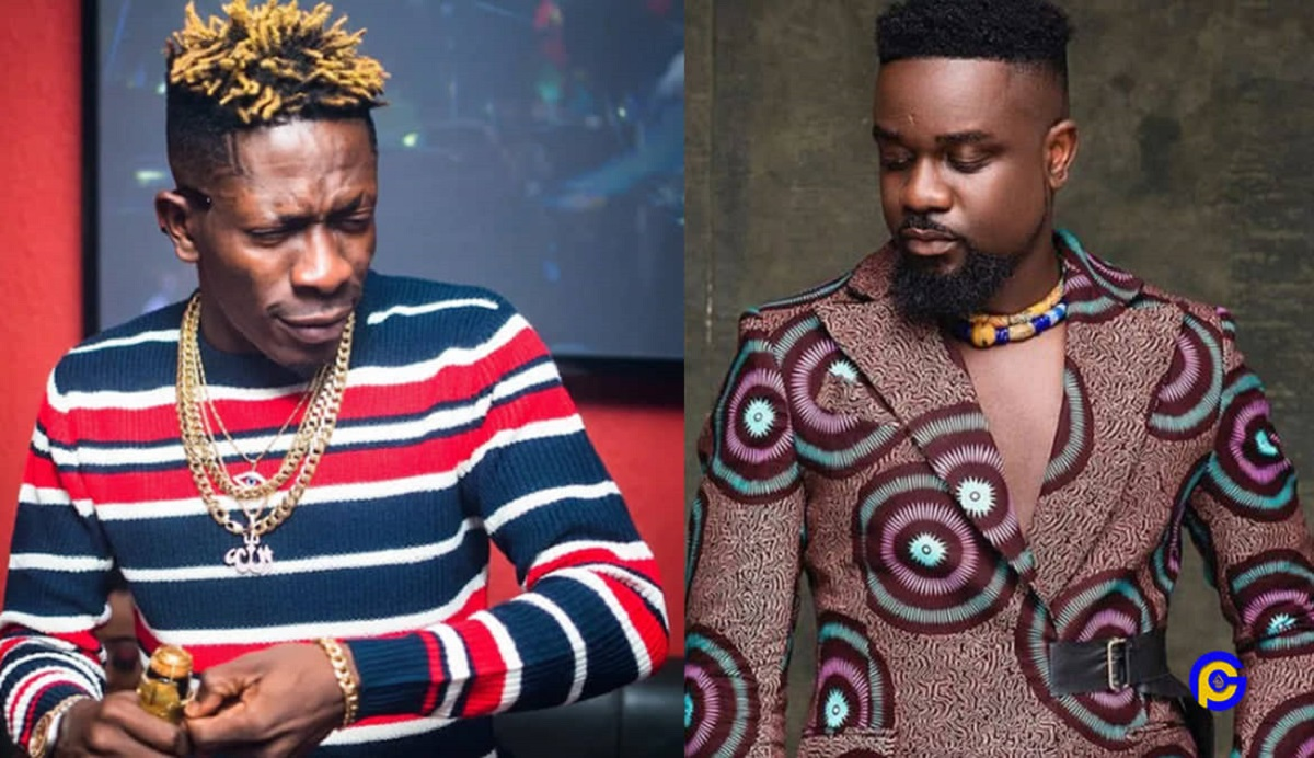 Shatta Wale Shock Fans As He Celebrates His Brother Sarkodie