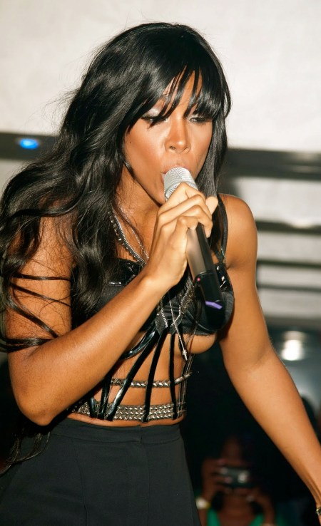 Kelly Rowland On Stage Double Nipple Slip www.GutterUncensored.com 011