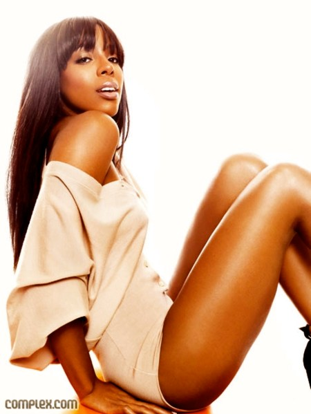 Kelly-Rowland-Sexy-Photoshoot-For-Complex-Magazine-02