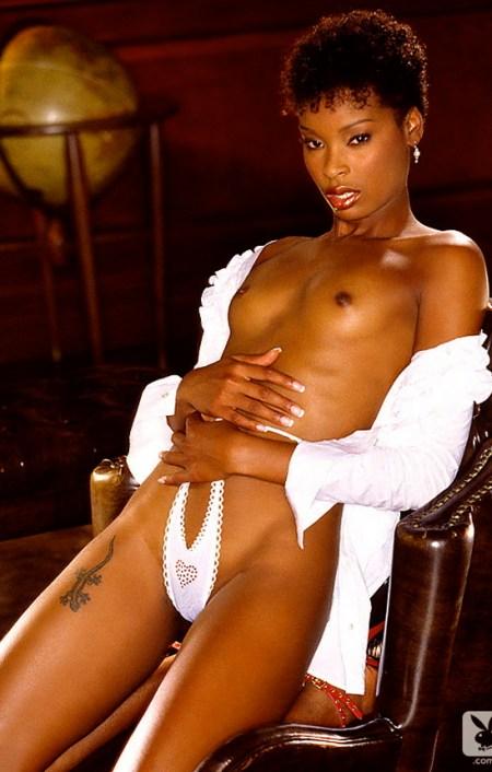 jtia-taylor-playboy-playmate-girl-naked