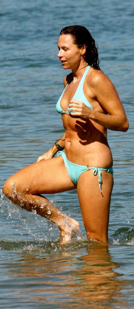 CU-Minnie Driver in bikini at Malibu beach-21