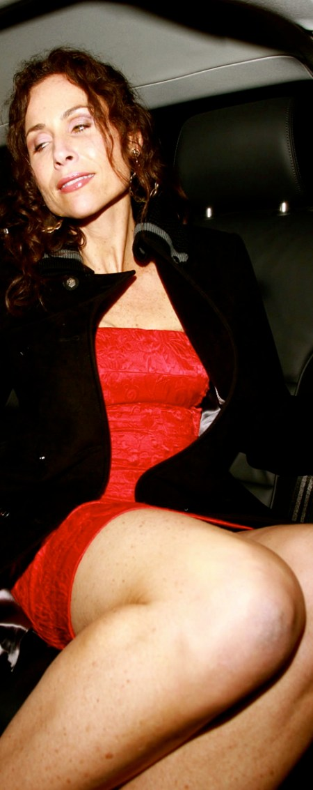 gallery_enlarged-minnie-driver-upskirt-no-underwear-03