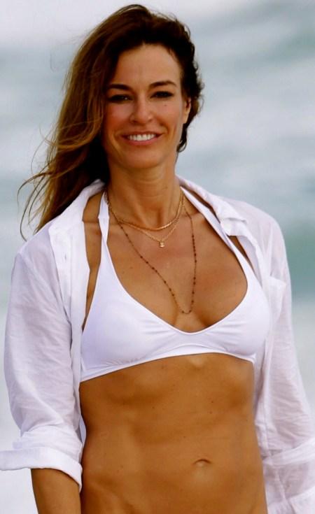 kelly-bensimon-in-bikini-on-the-beach-in-miami_6