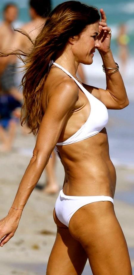 kelly_bensimon_bikini_white_hat6