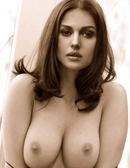 monica-bellucci-naked-pics