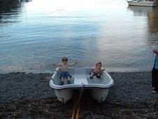 Dinghy kids at Inati Bay