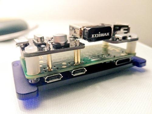 USB-SHOE-HUB-pimoroni (2)