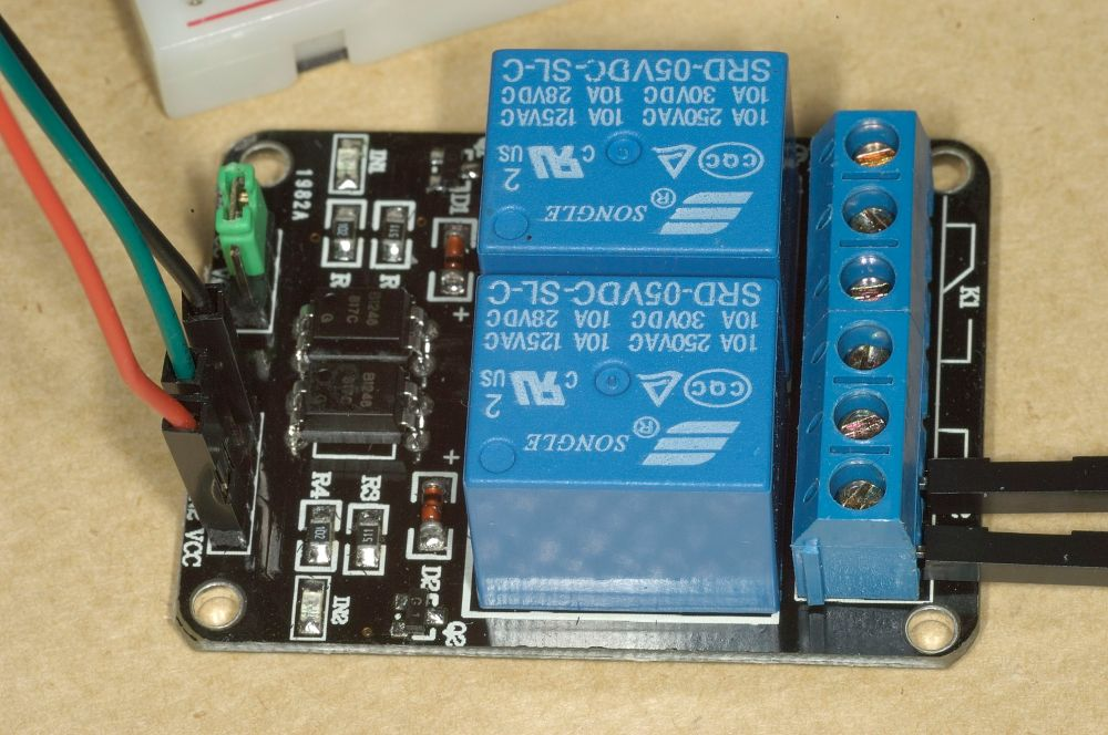 medium resolution of raspberry pi relay wiring diagram