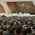 Papa: Idolopoklonstvo uništava, Bog presađuje u nas srce bogato ljubavlju