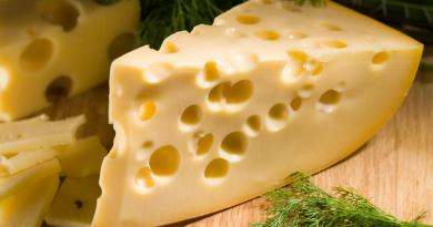 İsviçre Peynirindeki Deliklerin Sebebi