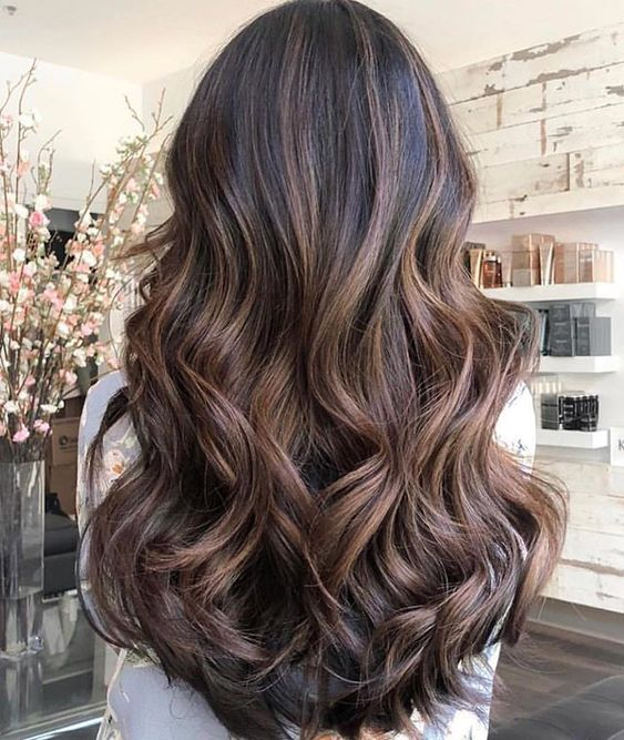 The most fashionable types of dyeing for long hair 19
