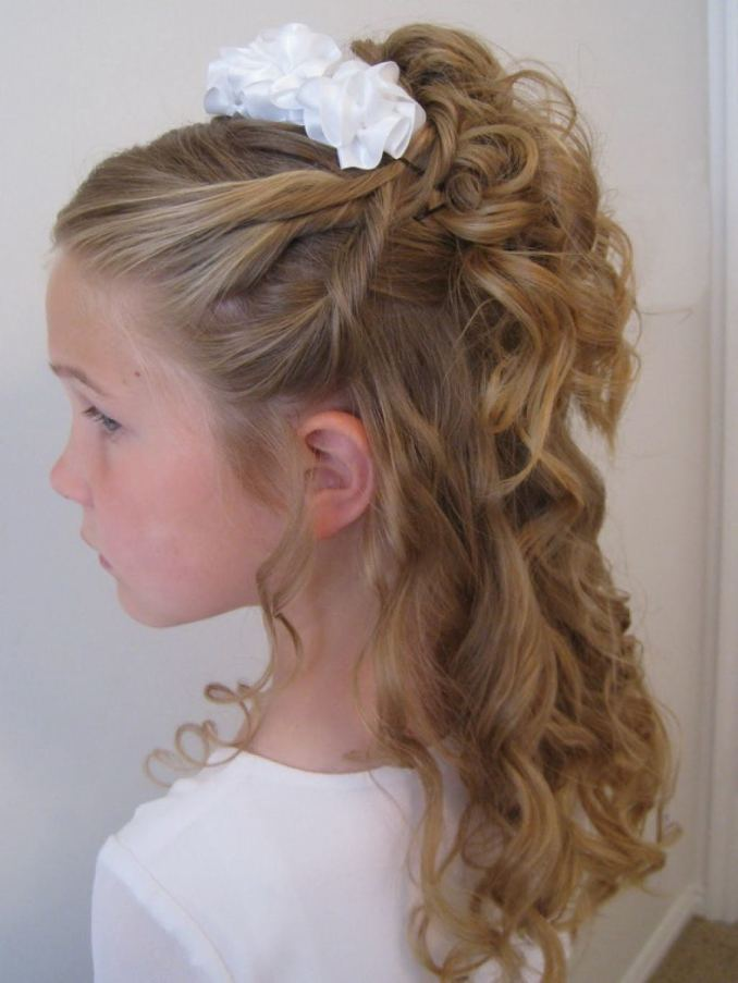 Simple and trendy hairstyles to school 14