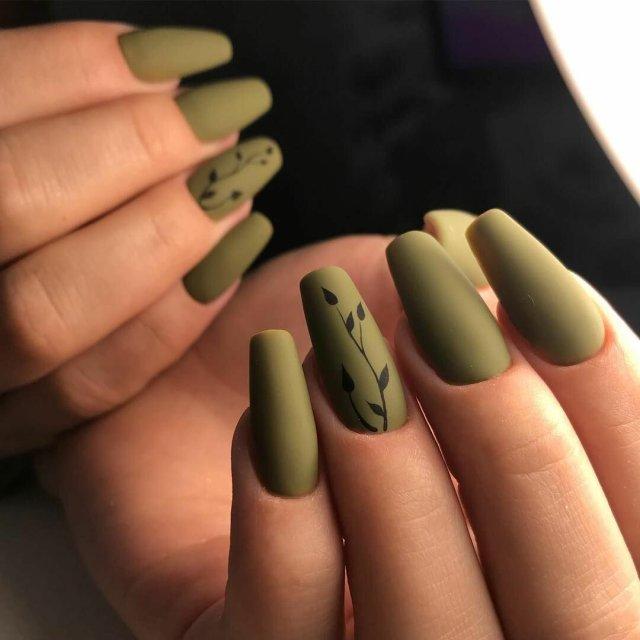 Зеленый маникюр - 34