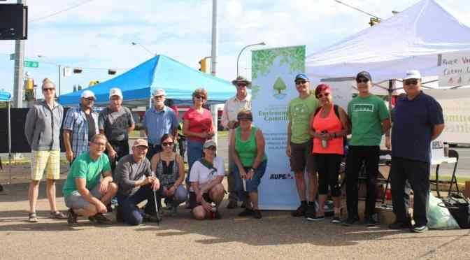 "<span class=""entry-title-primary"">Keeping our green spaces clean</span> <span class=""entry-subtitle"">AUPE's Environmental Committee hosts inaugural river valley clean up</span>"
