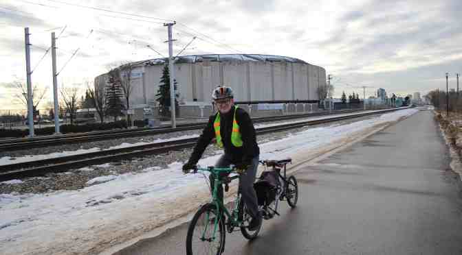 "<span class=""entry-title-primary"">Local cyclists hit bike paths this winter</span> <span class=""entry-subtitle"">Year-round commuters find lanes essential during winter</span>"