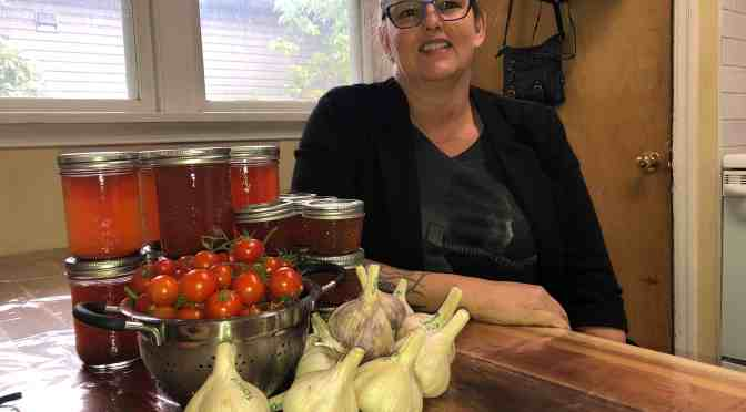 Learn to can and pickle at local workshop