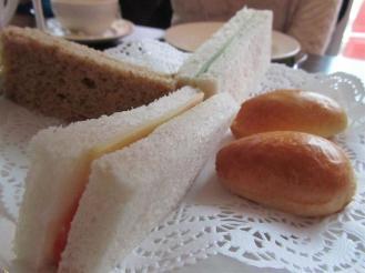 Axis Sandwiches