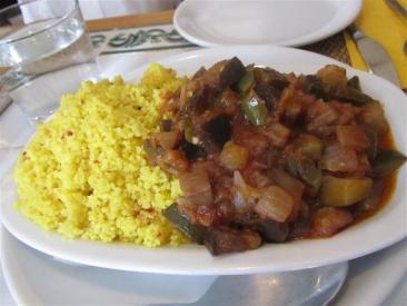 El Restaurante Vegetariano Ratatouille Couscous