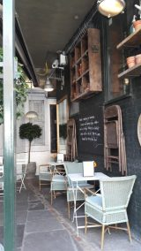 Bill's Outdoor Seating
