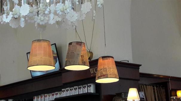 Cafe Diglas Decor