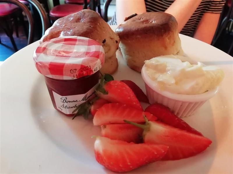 Cafe Rouge Scones