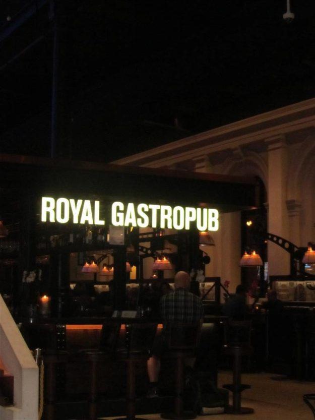 Royal Gastropub