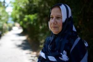 Eine Frau mit Kopftuch in Saryier Tuerkei