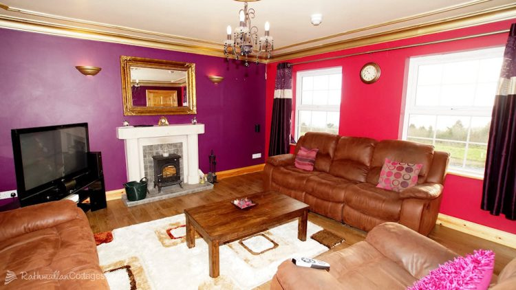 Sea View House Rathmullan Donegal - living room with sea views