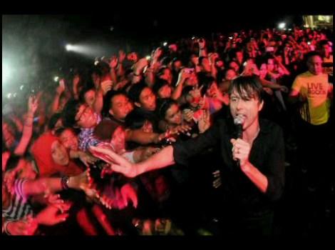Suede Live 2011