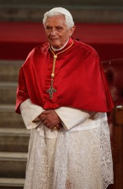 Holiness+Pope+Benedict+XVI+Pays+State+Visit+3BR752XGjiil