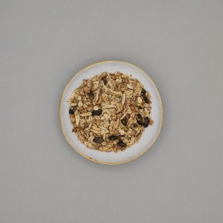 GRANOLA, SNACKS