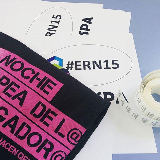 Preparados para nuestro tour especial en la #ERN15 de #Granada #ciencia #divulgación