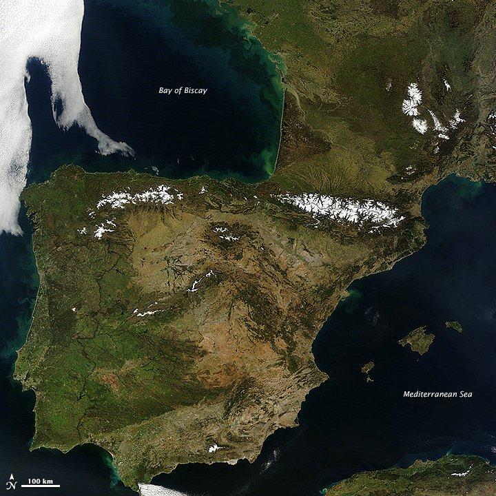 España, a vista de astronauta (y sin nubes)