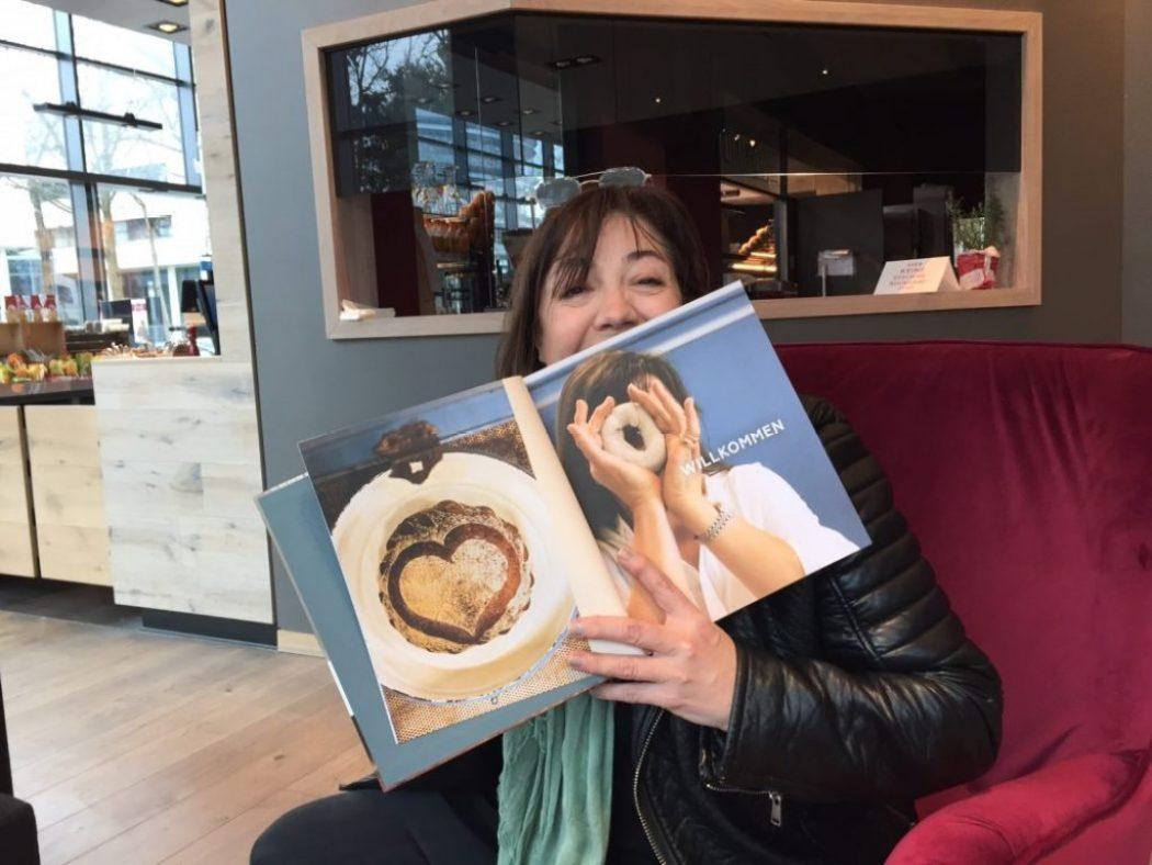 Schokolade und ein neues Buch zu Ostern