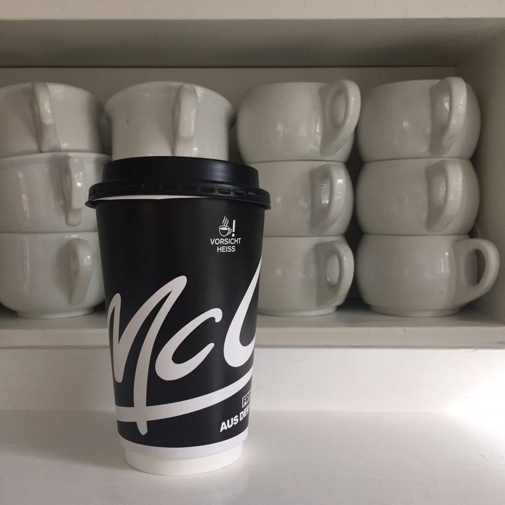 kaffeebecher one way sind doof, aber wenn es mal passiert gibt es einen klugen Ausweg