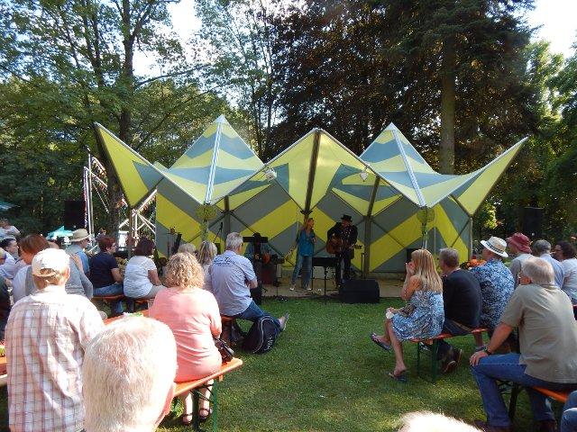 Bob Dylan-Art Projekt auf der Mundartbühne Laubach Blues, Schmus, Apfelmus