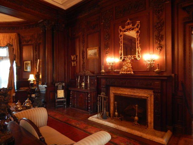 Casa Loma Herrenzimmer