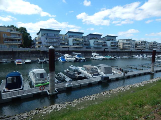 Der Yachthafen in Speyer.
