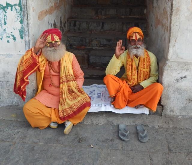 Freundliche Sadhus in Pashupatinath, Nepal auf der Nepal Rundreise