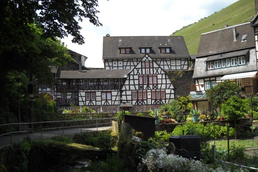 Malerwinkel in Bacharach, Kleinstädte in Deutschland.