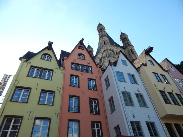 Die Stapelhäuser am Fischmarkt in Köln.