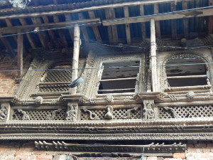 Schnitzereien am Haus in Dhulikhel,Nepal