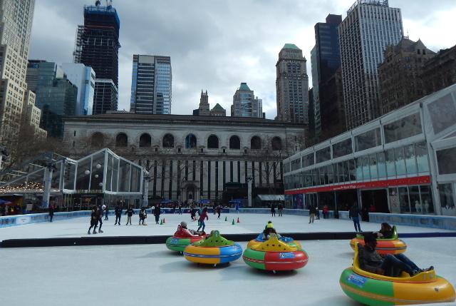 The Rink Eisbahn im Bryant Park.