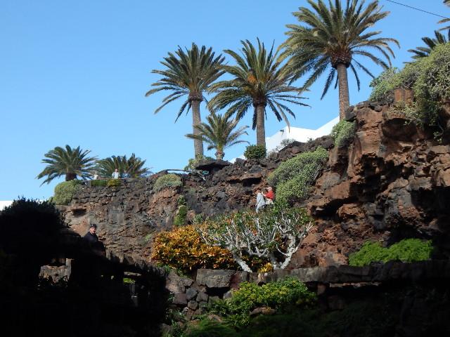 Der Aufstieg aus der Höhle von César Manrique auf Lanzarote